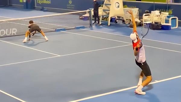 Rojer e Melo seguem para o ATP 500 de Dubai