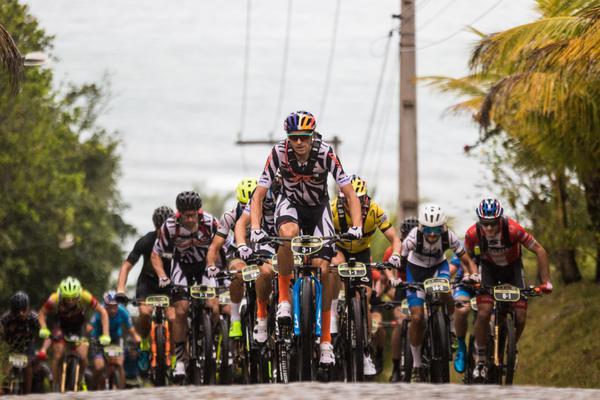 Melhores ciclista do mundo no pelotão da Brasil Ride (Wladimir Togumi / Brasil Ride)