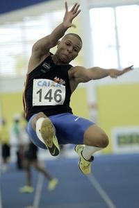 <p>Tiago da Silva, salto em distância