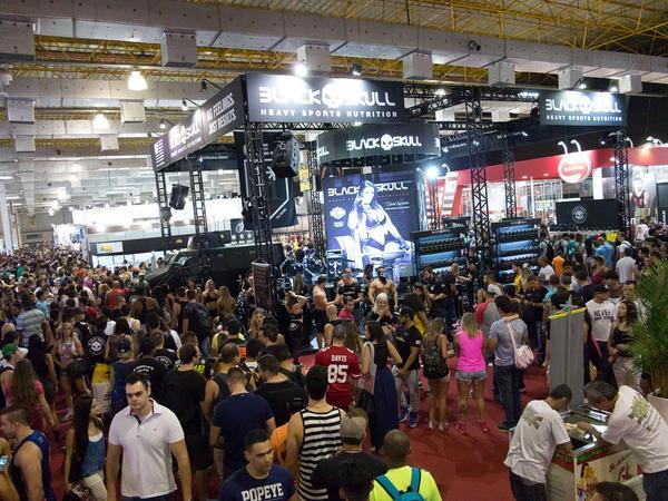Público lota corredores da ExpoNutrition