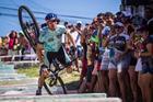 Edson de Rezende Jr. caiu na escadaria (Fabio Piva / Brasil Ride)