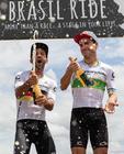 Fumic e Avancini comemoram (Marcelo Rypl / Brasil Ride)