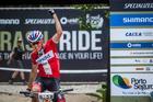 Fini comemora vitória (Fabio Piva / Brasil Ride)