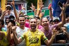 Fumic comemora com o público (Fabio Piva / Brasil Ride)