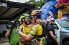 Fumic e Avancini festejam na chegada (Fabio Piva / Brasil Ride)